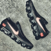 COMME des GARCONS × NIKE AIR VAPORMAX 新たなコラボフットウェアが登場